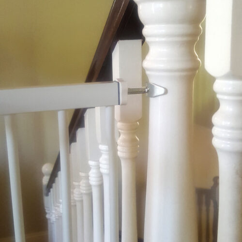 baby-gate-banister-adaptor