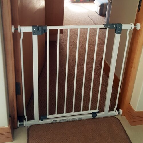 dreambaby-liberty-doorway-gate-75cm-to-84cm-south-africa