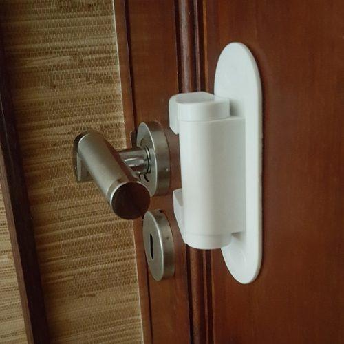 door-lever-lock-deactivated