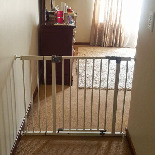 childproof-baby-gate-for-bedroom