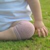 baby-crawling-knee-socks