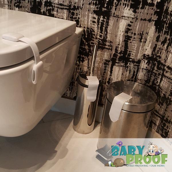 childproofing-bathroom